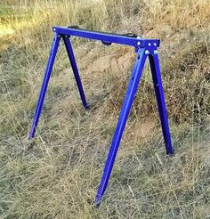DIY target stand for rifles? At least it's portable and light.