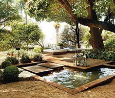 peaceful garden, love the little water feature