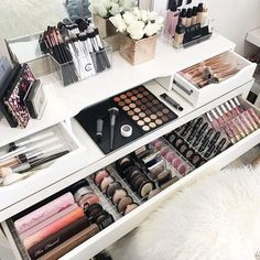 Makeup Storage Ideas (Storage Ideas) - Makeup Organization - Make up augen