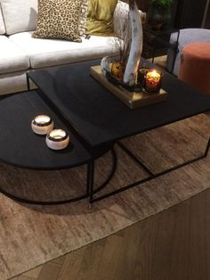 Salontafel Keijser & Co - Tafels - Stoop Furniture Salontafel Keijser & Co - Tafels - Stoop Furniture Coffee Table Styling, Decorating Coffee Tables, Coffee Table Design, Round Dinning Table, Round Coffee Table, Living Room Inspiration, Furniture Inspiration, Living Room Designs, Living Room Decor