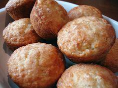 #WW Orange Oatmeal Muffins Donut Muffins, Oatmeal Muffins, Muffin Cups, Yummy Eats, Delish, Brunch, Bread, Baking, Breakfast