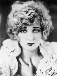 "Belle Bennett (1891-1932). American stage and screen actress. She came to Hollywood for the leading role in ""Stella Dallas"" (1925). The film has been ranked as one of the finest movies of all time. While filming the movie her son,16, died. He had posed as her brother for some time because of her fear that her employers might find out her true age. She was actually thirty-four rather than twenty-four. She appeared in several other silent films before dying of cancer at age 41."