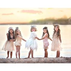 Five little Princesses, all in a row! An ethereal moment at sunset captured by Unique Vision Photography. Thanks for sharing @kyliesmommy83 #tutudumonde #tutucute #princesses #bff #kidsfashion