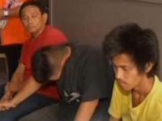 © Provided by GMA News Online MMDA towing service employees nabbed in drug bust Five people, four of them had Metropolitan Manila Development Authority (MMDA) identification cards and vests, were caught by barangay officials while in a shabu session in Commonwealth, Quezon City. In a report by...