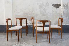 Cinque sedie Johannes Andersen per Uldum