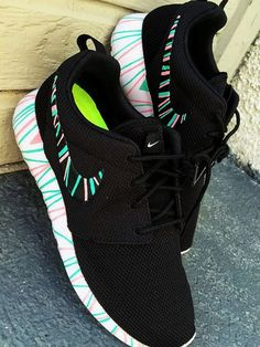 Nike shoes Nike roshe Nike Air Max Nike free run Nike USD. Nike Nike Nike love love love~~~want want want! Nike Shoes Cheap, Nike Free Shoes, Nike Shoes Outlet, Running Shoes Nike, Cheap Nike, Buy Cheap, Nike Free 5.0, Nike Free Runs, Zapatillas Casual
