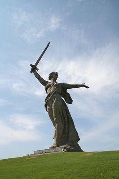 China Unveils Epic Ton God Of War Statue Guan Yu Public - China unveils colossal 1320 ton god of war statue