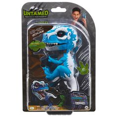 Untamed T-Rex by Fingerlings - Ironjaw (Blue) Ironjaw's the name and I eat metal for breakfast! Reacts to sound, motion, and touch Wild roars, chomping jaws Barbie Toys, Doll Toys, Cute Animal Memes, Cute Animals, Jurassic Park Lego Sets, Spiderman, Tropical Fish Aquarium, Black Panther Party, Dinosaur Toys