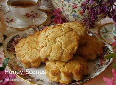 Honey Scones Recipe | TheBakingPan.com