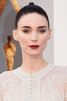 Red carpet hairstyle. Slick Updo - Rooney Mara. Celebrity Hairstyle. The Oscars 2016