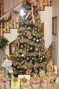 A Brooke Tucker Christmas!   Flickr - Photo Sharing!