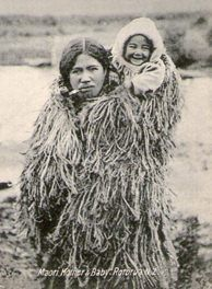 Maori Woman with baby postcard. for sale on Trade Me, New Zealand's auction and classifieds website Old Pictures, Old Photos, Maori Face Tattoo, Maori Tribe, Nz History, Polynesian People, Maori People, Maori Designs, Native American Pictures