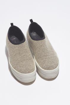 Hel Slip-On Shoes - Beige