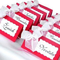 svatební jmenovky - Hledat Googlem Ideas Para, Our Wedding, Diy And Crafts, Place Cards, Gift Wrapping, Place Card Holders, Weeding, Gifts, Gift Wrapping Paper