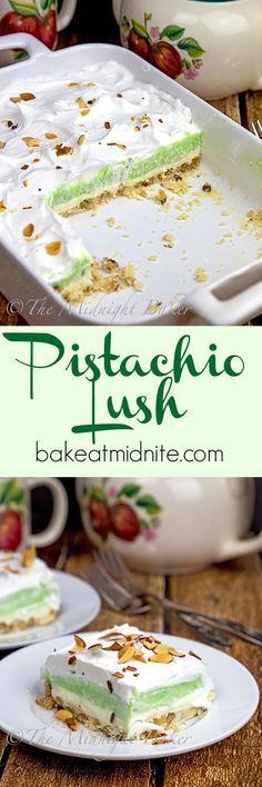 Pistachio recipes - Pistachio Lush The Midnight Baker Pistachio Dessert, Dessert Oreo, Pistachio Recipes, Dessert Bars, Pistachio Pudding Cookies, Pistachio Fluff, Appetizer Dessert, Dessert Salads, Jello Desserts