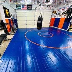 Home Gym Basement, Home Gym Garage, Diy Home Gym, Gym Room At Home, Martial Arts Gym, Martial Arts Equipment, Workout Room Home, Workout Rooms, Jiu Jitsu Gym