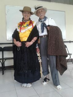 Dresses, Fashion, Urban, Colombia, Celebs, Accessories, Vestidos, Moda, Fashion Styles