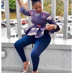 Collection of the most beautiful and stylish ankara peplum tops of 2018 every lady must have. See these latest stylish ankara peplum tops that'll make you stun Ankara Tops, Ankara Blouse, Ankara Dress, Ankara Styles For Men, Kente Styles, Latest Ankara Styles, African Attire, African Wear, African Dress