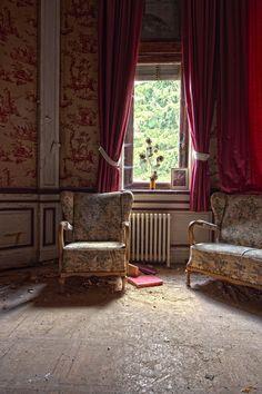 Hotel Rouge | Urban & Orbi – Urbex Photography