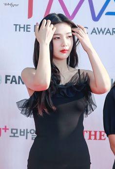 Red Velvet Joy, Park Sooyoung, Seulgi, Instagram, Red Carpet, Queens, Kpop, Twitter, Girls