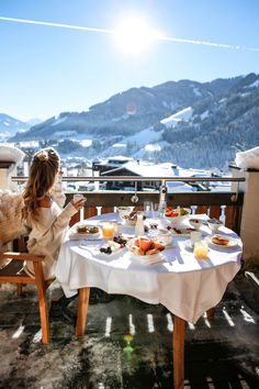 Ciroc x Kitzbühel Vacation Places, Places To Travel, Places To See, Chalet Chic, Ski Season, Travel Aesthetic, Winter Travel, Travel Goals, Wanderlust Travel