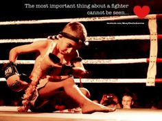 The most important thing about a fighter can not be seen Culture Of Thailand, Muay Boran, Martial Arts Quotes, Muay Thai Kicks, Muay Thai Training, Training Motivation, Combat Sport, Motivational Pictures, Qigong