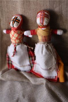 this extraordinary and amazing Ukrainian  doll - motanka. She came from a the ancient time. She have a sacral guard meaning. She done in very interest technic - just  wind up (coil) the thread and fabric