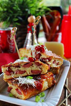 Illéskrisz Konyhája: ~ VIRSLIS LEPÉNY ~ Hungarian Recipes, Hungarian Food, Sandwiches, Tacos, Baking, Ethnic Recipes, Addiction, Hungarian Cuisine, Bakken