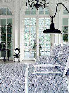 """Linge de lit DESCAMPS """"ILLUSIONS"""" Mariée - Collection de linge de lit Descamps avec housse de couette, drap plat 100% coton www.lacompagniefrancaise.com"""