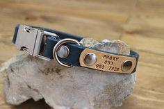 Dog collar Clip collar FREE ID TAG Leather clasp collar Dog Accessories, Leather Accessories, Free Id, Collar Clips, Leather Key Holder, Handmade Dog Collars, Collor, Leather Dog Collars, Leather Gifts
