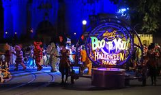 How can you not love a parade led by the Headless Horseman? #BooToYou #MNSSHP