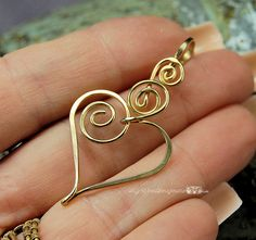 Charming Heart Wire Wrapped Pendant with Interchangle Type