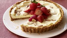 Vanilla-Almond Fruit Tart Recipe - Kraft Recipes - This is one of my all-time favorite summer desserts. Kraft Recipes, Just Desserts, Dessert Recipes, Party Desserts, Pudding Recipes, Summer Desserts, Almond Fruit, Vanilla Fruit, Yummy Treats
