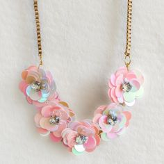 Make your own J.Crew-inspired sequin flower necklace with this easy to follow DIY tutorial.
