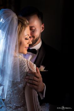Mirela si Dragos | Fotograf nunta, Fotograf botez, Fotograf profesionist - Foto Dumbrava Romantic, Crown, Wedding, Fashion, Valentines Day Weddings, Moda, Corona, Fashion Styles, Romance Movies