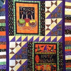 Welcome to October , we stitched #spiderwebs all over this #quilt .