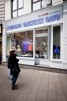 Product Launch ABSOLUT Electrik Limited Edition, Vienna #absolutelectrik Vienna, Broadway Shows, Product Launch, Loft, Lofts