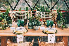 garden wedding table setting - photo by Indestructible Factory http://ruffledblog.com/tropical-mid-century-modern-wedding-inspiration-with-spanish-flair