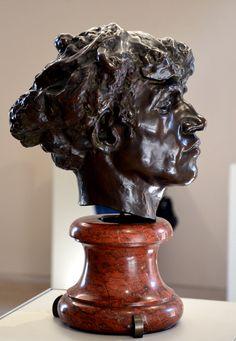 Giganti ou Tête de brigand par Camille CLAUDEL (1864-1943) vers 1885. Bronze, Fonte vraisemblable Gruetl, avant 1892. Musée Camille Claudel à Nogent-sur-Seine. Photo : Hervé Leyrit ©