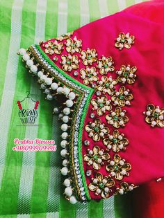 Salwar Neck Designs, Wedding Saree Blouse Designs, Blouse Designs Silk, Kurta Designs, Blouse Patterns, Hand Embroidery Design Patterns, Hand Work Embroidery, Sleeves Designs For Dresses, Sleeve Designs