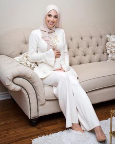 My tiny 🙊 I got a lot of messages about my gender reveal outfit so I wanted to share it with you! The top and pants look like… Modest Outfits, Modest Fashion, Hijab Fashion, Girl Fashion, Cool Outfits, Gender Reveal Outfit, Muslim Girls, Hijab Styles, Niqab