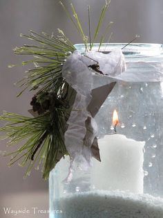 This is so pretty. Love white and green Christmas/Winter decorations