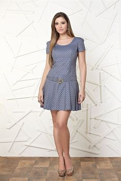 C oleção Lelia Costa Primavera 2013 Hits all the right notes, gorgeous!Vertical Stripe Casual V-NeckThis Pin was discovered by Anafind more at - PIPicStats Simple Dresses, Pretty Dresses, Beautiful Dresses, Casual Dresses, Fashion Dresses, Short Sleeve Dresses, Red Flower Girl Dresses, Girls Dresses, Summer Dresses