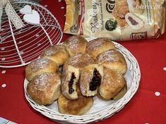 Bezlepkové+české+buchty+plnené+slivkovým+lekvárom+(videorecept) Bagel, Gluten Free, Bread, Food, Basket, Glutenfree, Brot, Essen, Sin Gluten