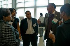 Attendees mix and mingle during #NABJPR: Media Institute