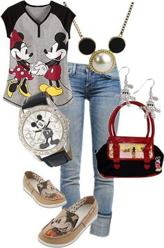 Love this Mickey Mouse Outfit Mickey Mouse Outfit, Mickey Minnie Mouse, Disney Mickey, Mickey Costume, Mickey Shirt, Disneyland Outfits, Disney Outfits, Cute Outfits, Disney Clothes