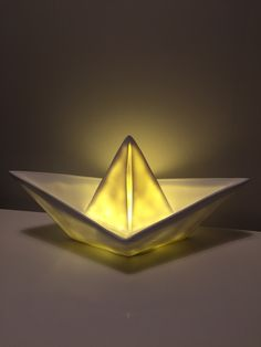 Origami boat lamp  www.hostedoglilly.no