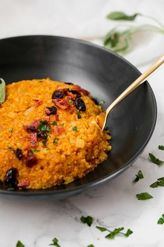 This post contains affiliate links. This cauliflower pumpkin risotto is a delicious autumn side dish! It's the perfect balance of savory or lightly sweet and is paleo, and AIP compliant. I just love pumpkin season. Savory Pumpkin Recipes, Vegetarian Recipes, Cooking Recipes, Healthy Recipes, Easy Cooking, Healthy Cooking, Vegetable Recipes, Paleo Whole 30, Whole 30 Recipes
