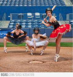 Base-ball Ballet @Iwalani De Los Santos Cordero