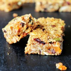 Let's talk granola bars. Crunchy or chewy? I love all kinds, but I prefer…